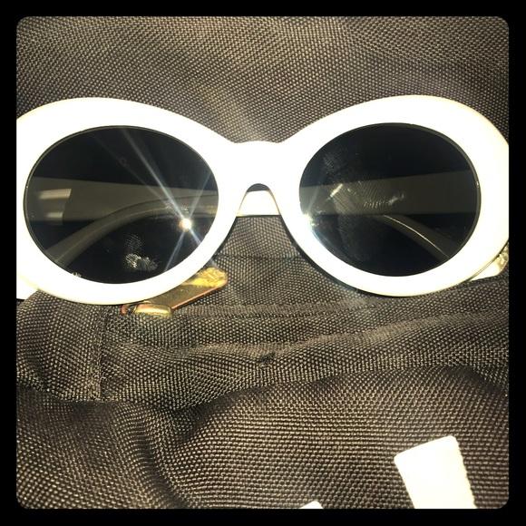 f17739281a Clout goggles. M 5a5e8d2f8df470e19a5fd00e
